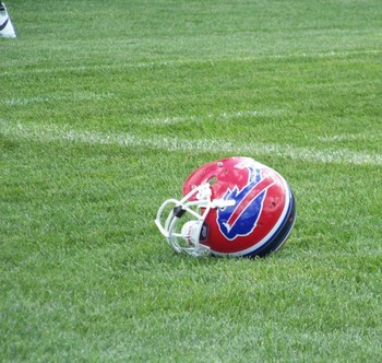 Bills_helmet_display_image