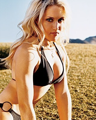 Natalie-gulbis-fhm-2_display_image