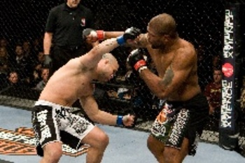 12_29_2008_ufc92_07_jackson_vs_silva_006_display_image