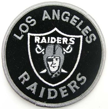 30dez09_los_angeles_raiders_display_image