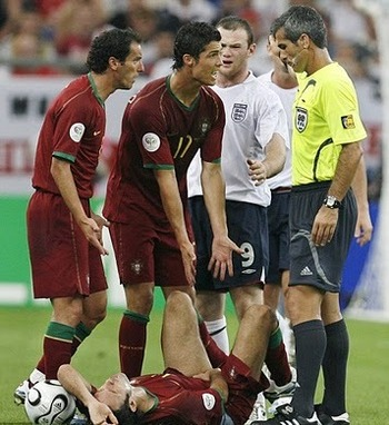 Ronaldo-england-red-card-0092_display_image