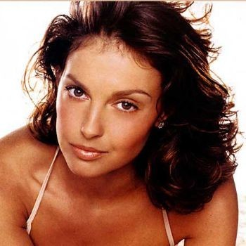 Ashley-judd-screensaver_display_image