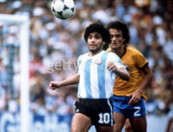 Maradona-1982-vs-brazil_display_image