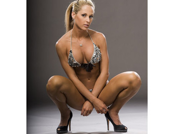 Michelle_mccool7kx_display_image