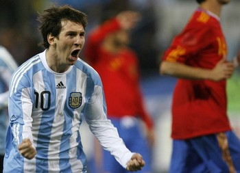 Messi-vs-spain-14_display_image