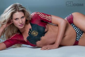 Sarah-brandner-bodypaint-1_display_image