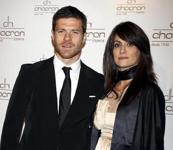 Xabi-alonso-wife-2309_display_image