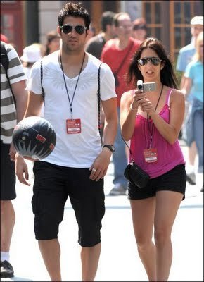 Cesc_fabregas_girlfriend_carla_10_display_image