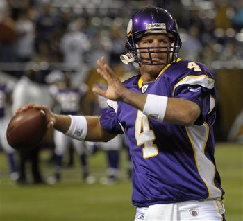 Brett_favre_vikings_tom_olmscheid_display_image