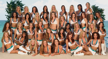 Dolphins-starbrites-cheerleaders_display_image