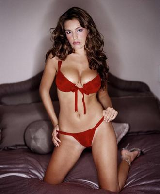 Hot-100-kelly-brook-34_display_image
