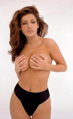Hot-100-kelly-brook-58_display_image