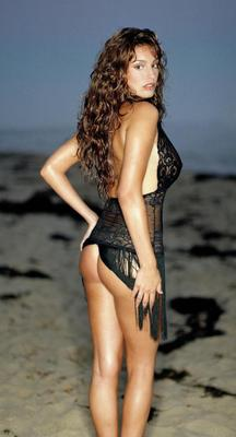 Hot-100-kelly-brook-60_display_image