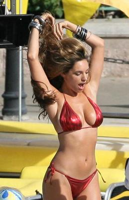 Hot-100-kelly-brook-98-1_display_image