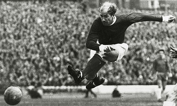 Bobby-charlton-001_display_image