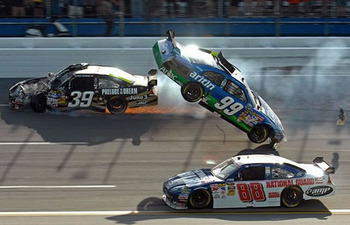 Nascar-crash-action_display_image