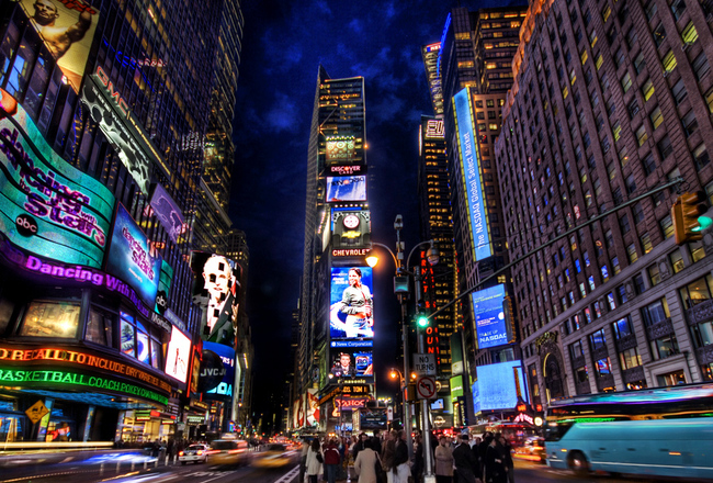 Times-square-new-york-1151917_1024_768_crop_650x440