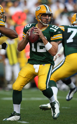 Aaron_rodgers_w_mvp_display_image