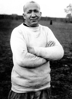 Knute-rockne_display_image