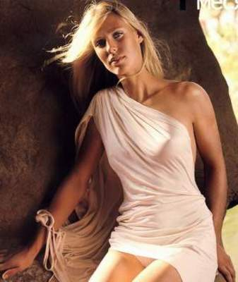 Elena_dementieva_white_dress_display_image