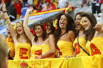 Euro2008_spanish_fans10_display_image
