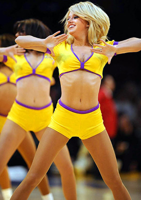 Lakersgirls_display_image
