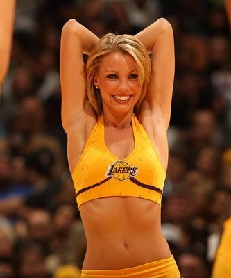 Laker-girls-1_display_image