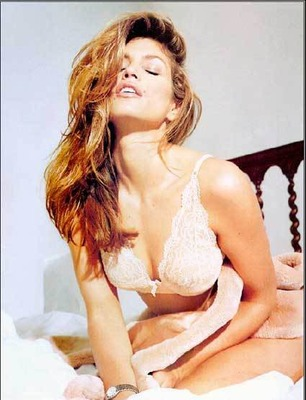Cindy-crawford-lingerielakers_display_image
