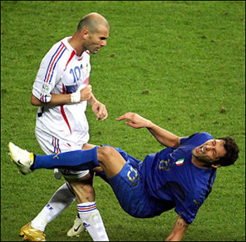 Zidane_headbutt_display_image