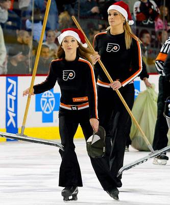 Phileadelphia-flyers-ice-girls_display_image