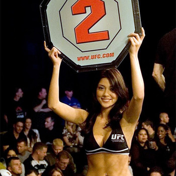 Ariannyceleste4_display_image