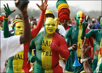 Mali-football-supporters_display_image