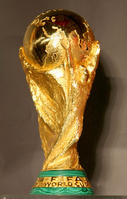 Fifa-world-cup-trophy_display_image
