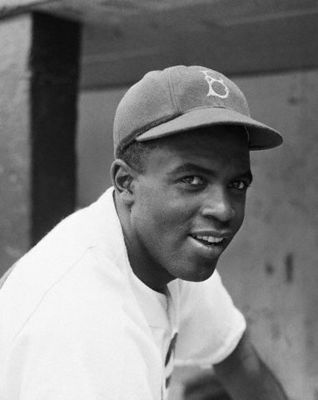 Jackie_robinson_display_image