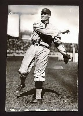 1920_walter_johnson_senators_photo_nice__display_image