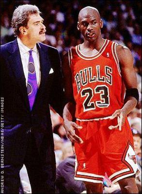 Phil-jackson-and-michael-jordan_display_image