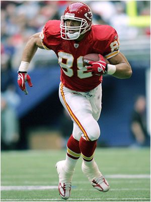 Tony-gonzalez_display_image