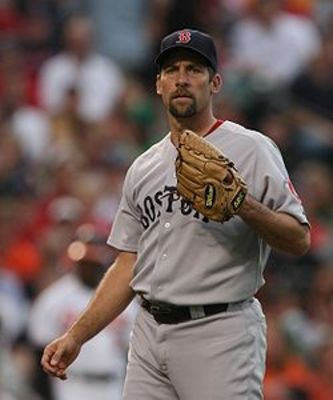 250px-john_smoltz_on_june_302c_2009_display_image