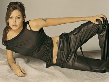 Angelina-jolie1_display_image