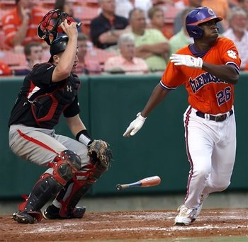 104-clemson1_standalone_prod_affiliate_74_display_image