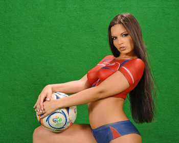 Would_cup_body_paint_worldcupbaby_1006_display_image