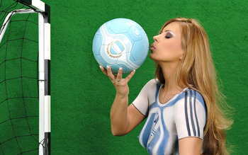 Would_cup_body_painting_worldcupbaby_20071_display_image