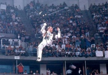 Show WWE de jon Wrestlemania-12-Shawn-Michaels-Best-Entrance_display_image