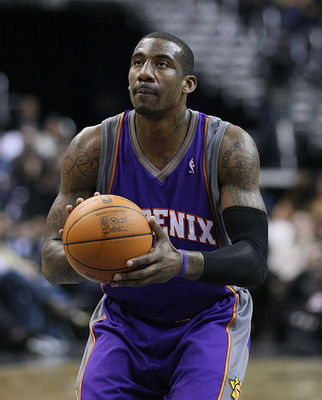 482px-amare_stoudemire_free_throw_display_image