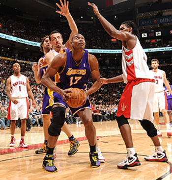Nba_g_bynum_286_display_image