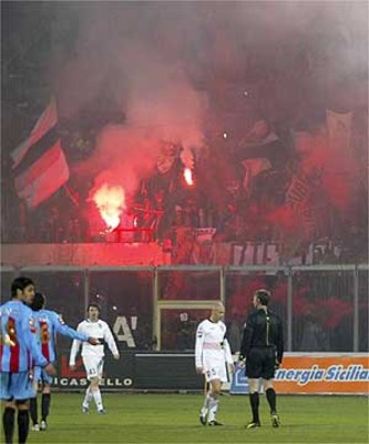 Italy-football-riot_display_image