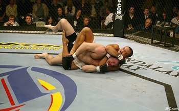 Ept_sports_mma_experts-836974949-1259679110_display_image