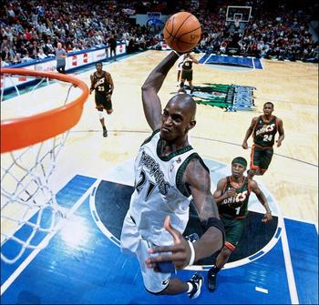 Kevingarnettdunk_display_image