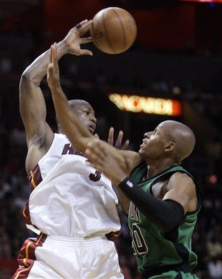 Dwyane-wade-ray-allen-2009-3-12-2-1_display_image