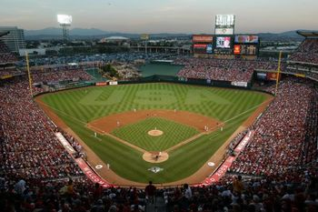 Angel_stadium_of_anaheim_display_image